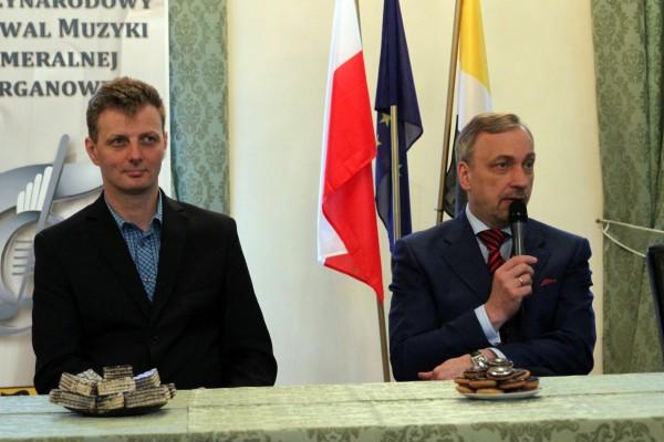 Starosta Robert Adach i minister Bogdan Zdrojewski