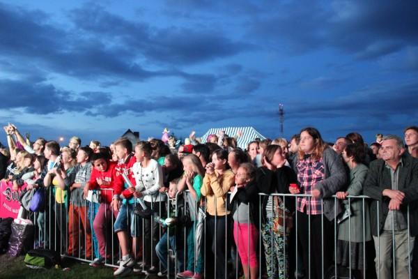 Tłumy podczas kocertu Dody