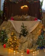 """13 grudnia w Powiatowym Zespole Szkół nr 2 odbyły się jasełka zatytułowane """"Tajemnica Bożego Narodzenia""""."""