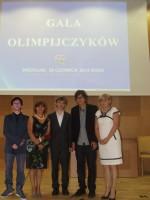 Olimpijczycy z Panią Kurator